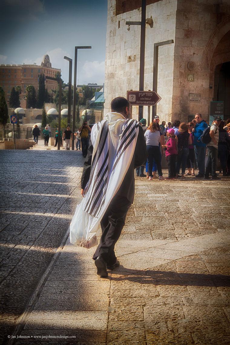 Prayer-Shawl